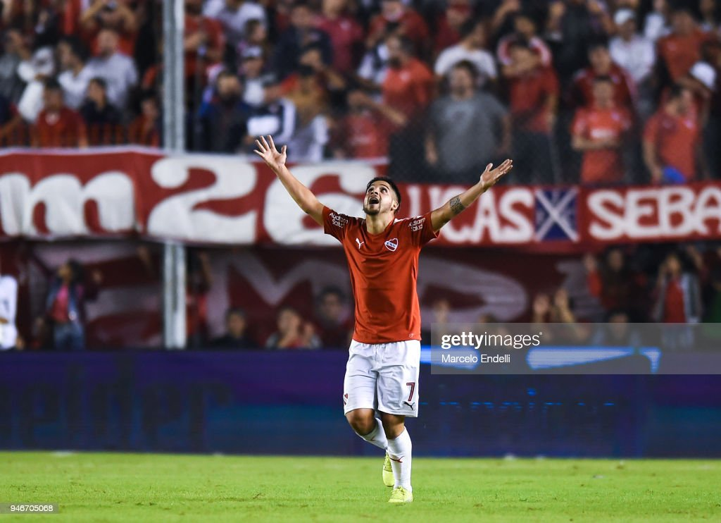 Martin Benitez of Independiente celebrates after scoring the first goal of his team during a match between Independiente and Boca Juniors as part of Superliga 2017/18 at Libertadores de America Stadium on April 15, 2018 in Buenos Aires, Argentina.