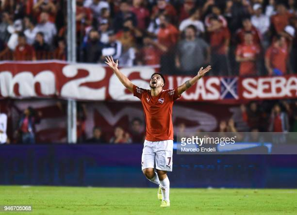 Martin Benitez of Independiente celebrates after scoring the first goal of his team during a match between Independiente and Boca Juniors as part of...