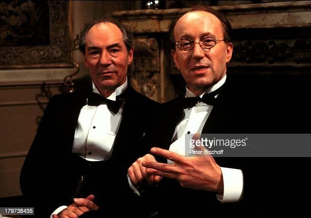 Martin Benrath und Walter Schmidinger in Film Spiel im Schloß Fliege Schauspieler Regisseur Promis Prominente Prominenter