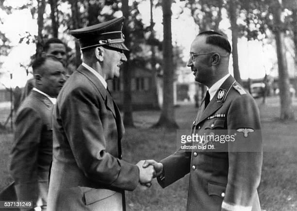 Martin Bormann,,Heinrich Himmler,Adolf Hitler, , Politiker, NSDAP, D, - während eines Aufenthaltes im Führerhauptquartier 'Wolfsschanze' bei...