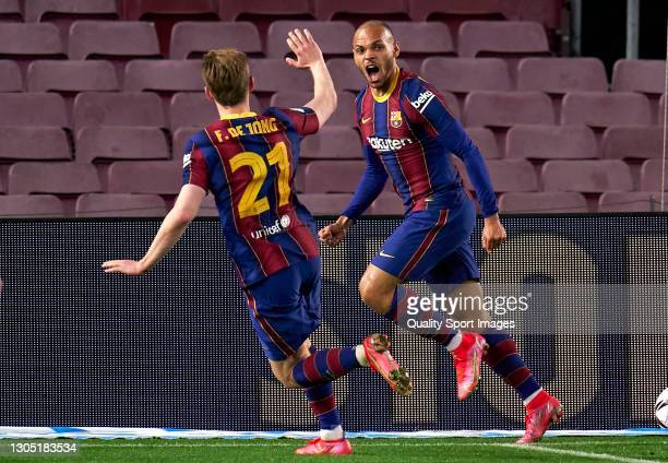 Martin Braithwaite of FC Barcelona celebrates after scoring his team's third goal during the Copa del Rey Semi Final Second Leg match between FC...