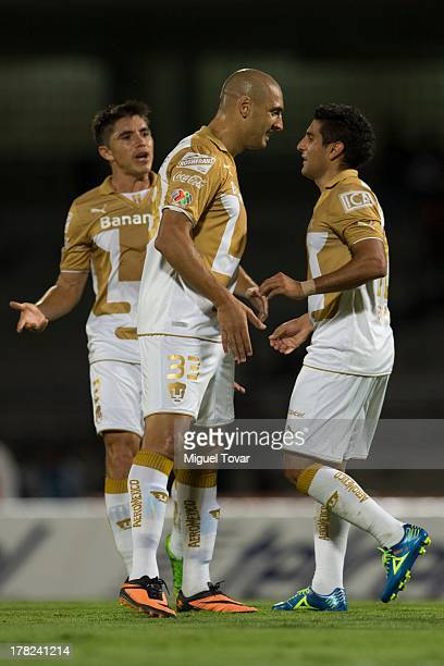 Martin Bravo and his teammates of Pumas celebrate a goal against Atletico San Luis during a match between Pumas and Atletico San Luis as part of the...