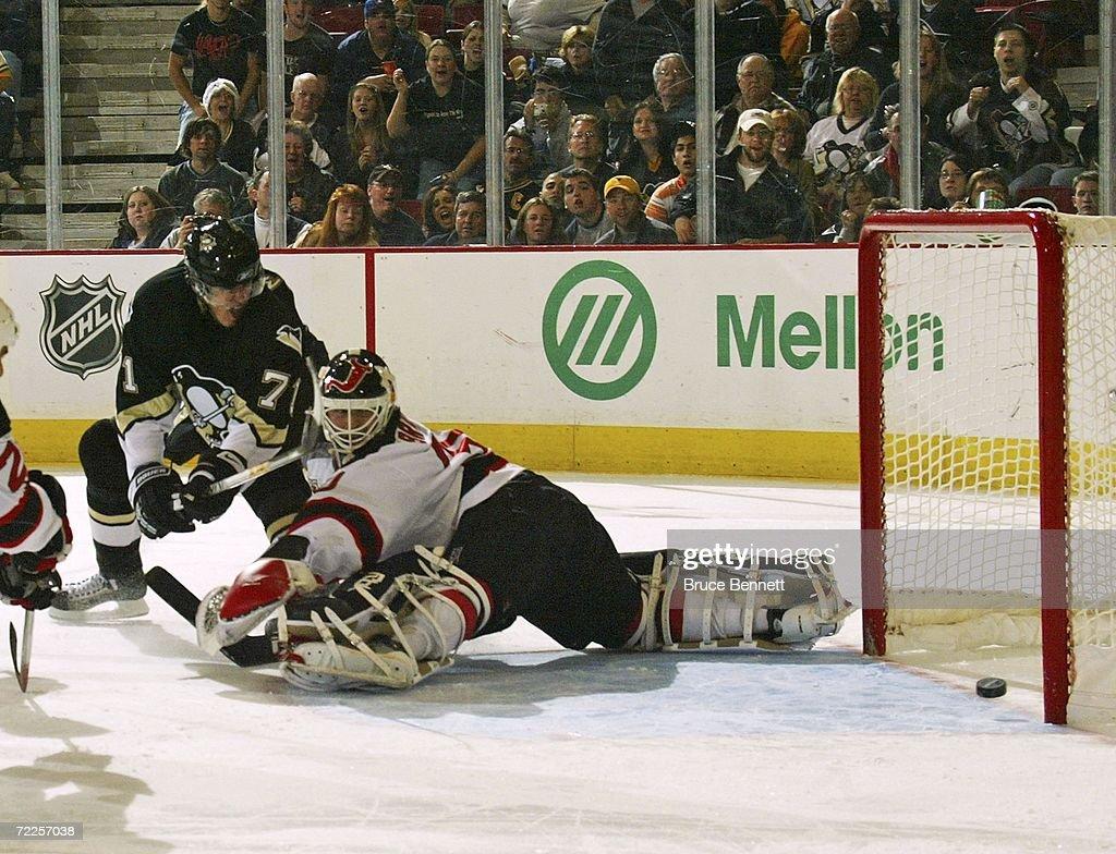 New Jersey Devils v Pittsburgh Penguins : News Photo