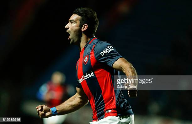 Martin Cauteruccio of San Lorenzo celebrates after scoring the first goal of his team during a first leg match between San Lorenzo and Palestino as...