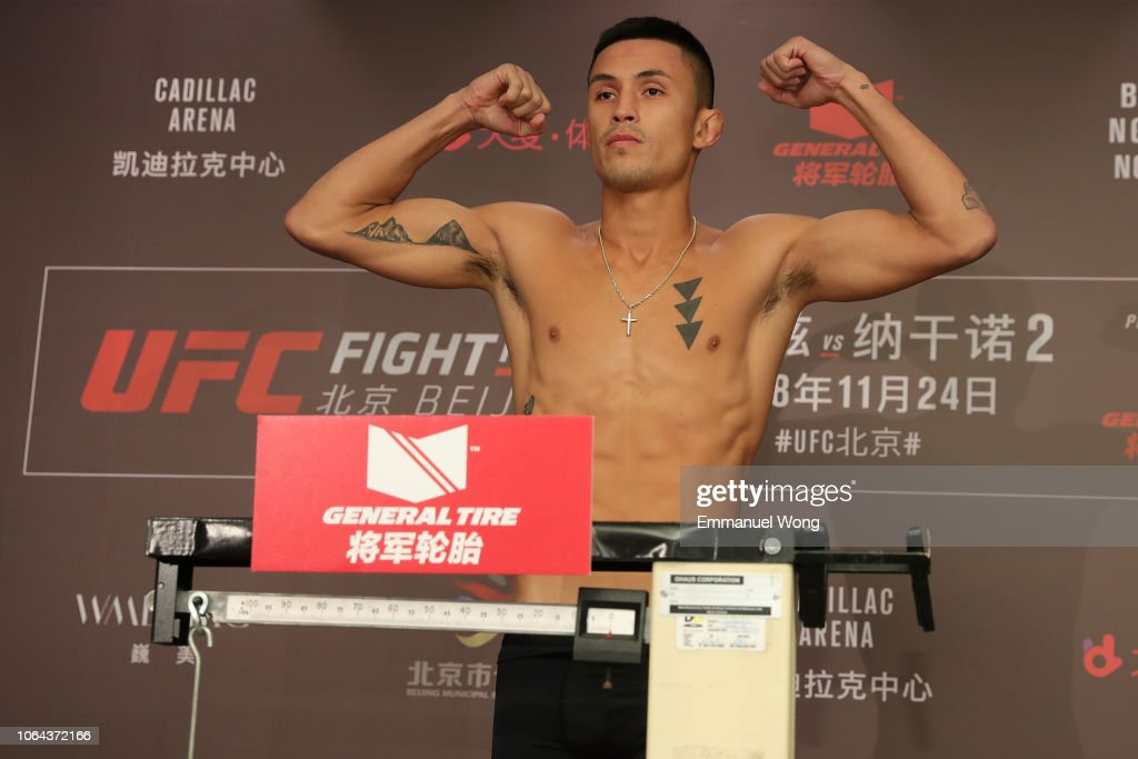 UFC Fight Night Blaydes v Ngannou 2: Weigh-Ins : Nieuwsfoto's