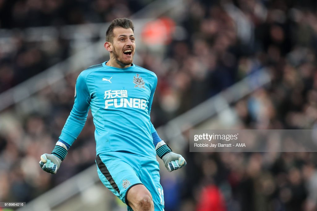 Martin Dubravka of Newcastle United celebrates during the Premier League match between Newcastle United and Manchester United at St. James Park on February 11, 2018 in Newcastle upon Tyne, England.