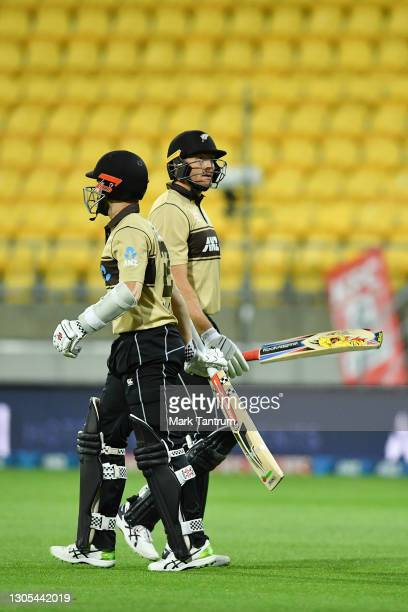 Martin Guptill of the Black Caps during game four of the International T20 series between New Zealand Blackcaps and Australia at Sky Stadium on March...