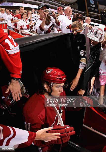 Martin Hanzal of the Phoenix Coyotes walks out onto the ice past fans for warm ups to Game Two of the Western Conference Quarterfinals against the...