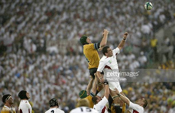 Martin Johnson of England contests a lineout with Justin Harrison of Australia during the Rugby World Cup Final match between Australia and England...