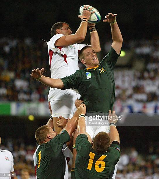 Martin Johnson, the England captain out jumps Bakkies Botha in the lineout during the Rugby World Cup Pool C match between South Africa and England...