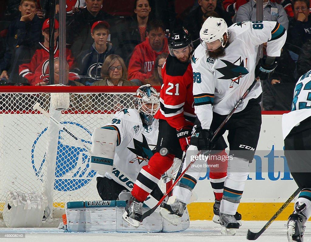 San Jose Sharks v New Jersey Devils : News Photo