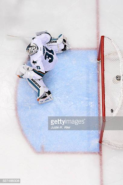 Martin Jones of the San Jose Sharks allows the gamewinning goal to Conor Sheary of the Pittsburgh Penguins in overtime during Game Two of the 2016...