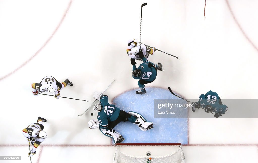Martin Jones #31 of the San Jose Sharks makes a save against the Vegas Golden Knights during Game Four of the Western Conference Second Round during the 2018 NHL Stanley Cup Playoffs at SAP Center on May 2, 2018 in San Jose, California.