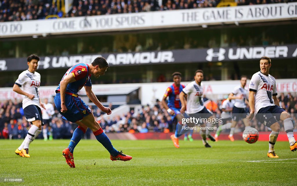Martin Kelly of Crystal Palace scores the opening goal during the Emirates FA Cup Fifth Round match between Tottenham Hotspur and Crystal Palace at White Hart Lane on February 21, 2016 in London, England.