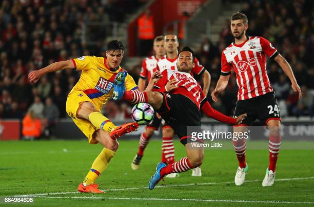 Martin Kelly of Crystal Palace shoots on goal during the Premier League match between Southampton and Crystal Palace at St Mary's Stadium on April 5...