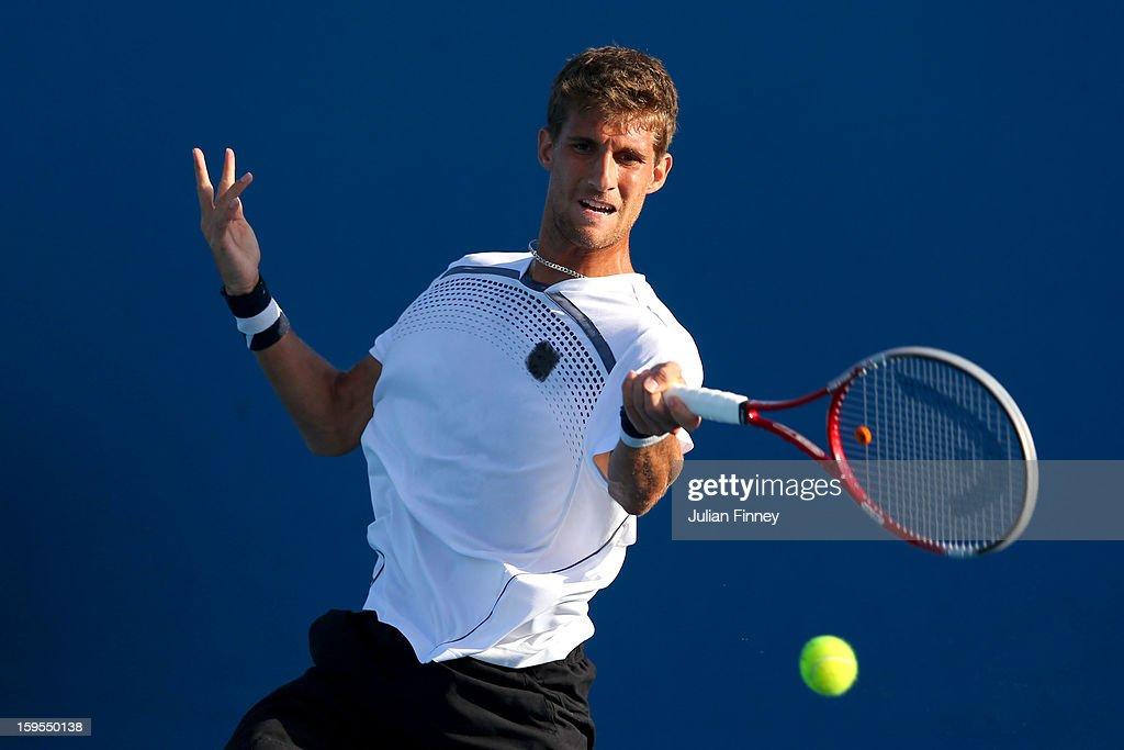 2013 Australian Open - Day 2 : News Photo