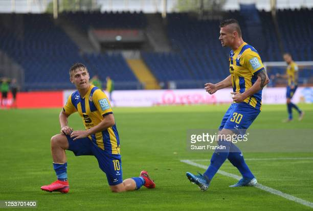 Martin Kobylański of Braunschweig celebrates scoring the third goal during the 3 Liga match between Eintracht Braunschweig and SV Waldhof Mannheim at...