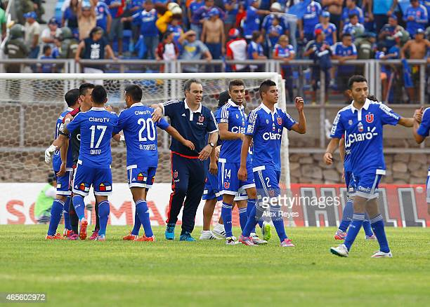 Martin Lasarte head coach of U de Chile celebrates with his teammates the victory after a match between San Marcos de Arica and U de Chile as part of...