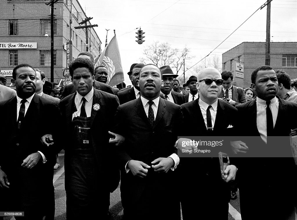 Martin Luther King, Jr. Leads Selma to Montgomery March : News Photo