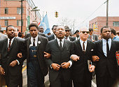 Martin luther king leading march from selma to montgomery to protest picture id525580854?s=170x170
