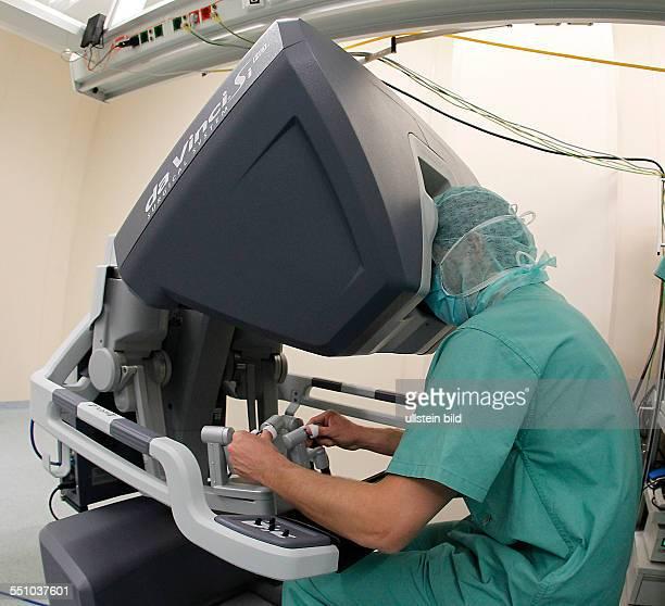 Martin Luther Universität Halle Universitätsklinikum Kröllwitz Klinikum Krankenhaus Operation Prostata Urologie Klinik für Urologie Einweihung des...