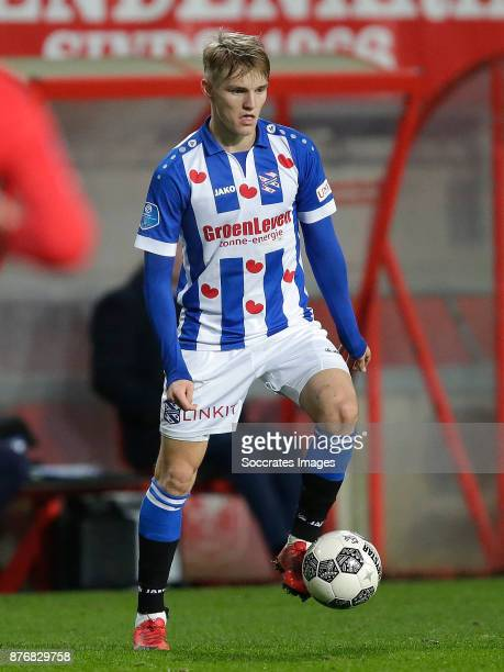 Martin Odegaard of Heerenveen during the Dutch Eredivisie match between Fc Twente v SC Heerenveen at the De Grolsch Veste on November 18 2017 in...