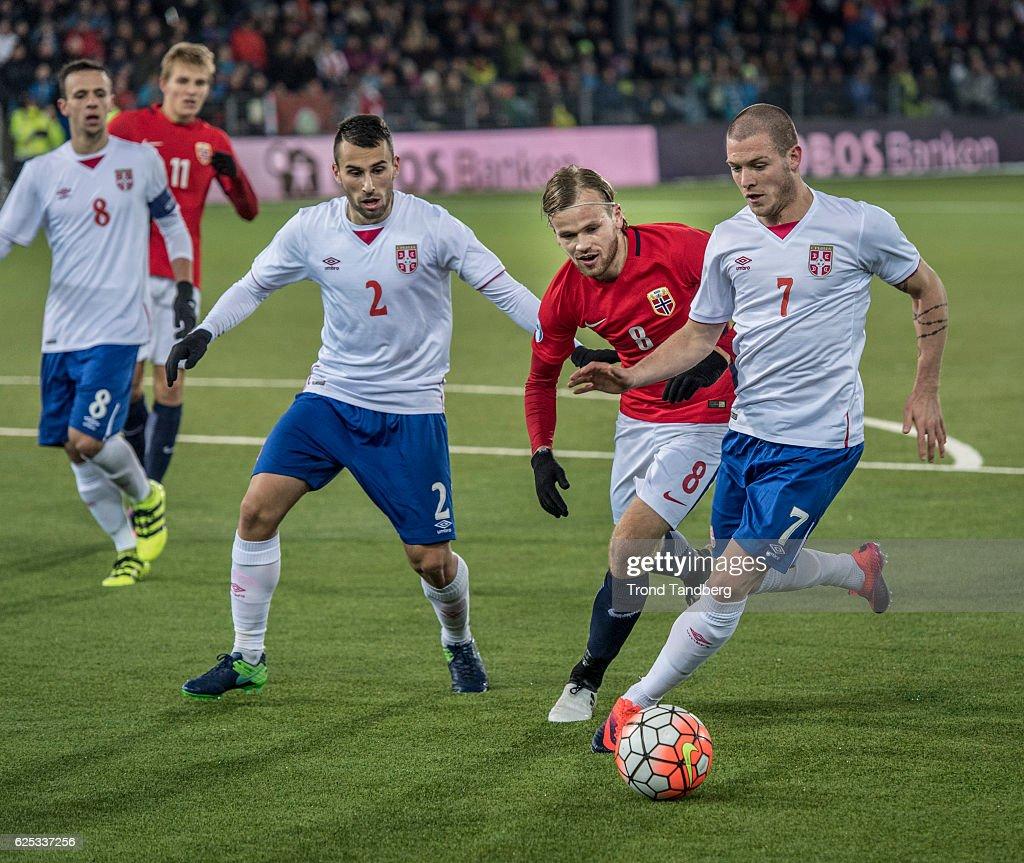 Martin Oedegaard, Iver Fossum of Norway, Nemanja Maksimovic, Milan Gajic, Ognjen Ozegovic of Serbia during U-21-UEFA European Championship Play-Off Norway v Serbia at Marienlyst Stadion on November 15, 2016 in Drammen, Norway.