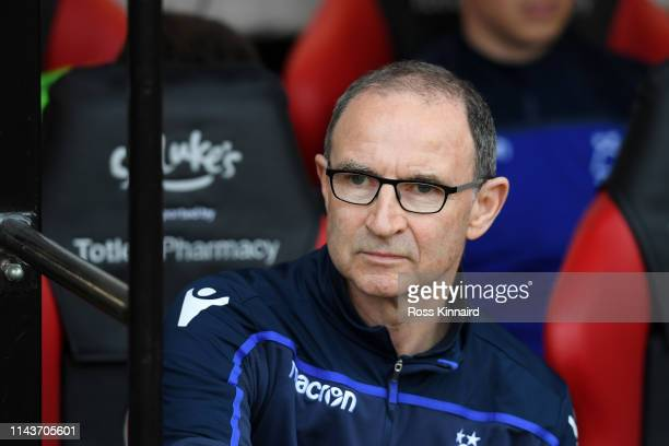 Martin O'Neill, Manager of Nottingham Forest looks on prior to the Sky Bet Championship match between Sheffield United and Nottingham Forest at...