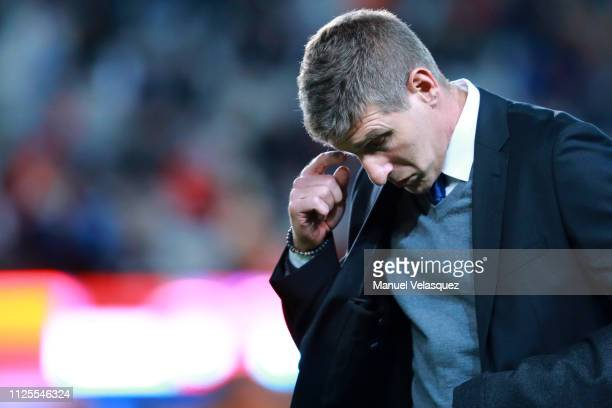 Martin Palermo coach of Pachuca gestures during the 4th round match between Pachuca and Pumas UNAM as part of the Torneo Clausura 2019 Liga MX at...