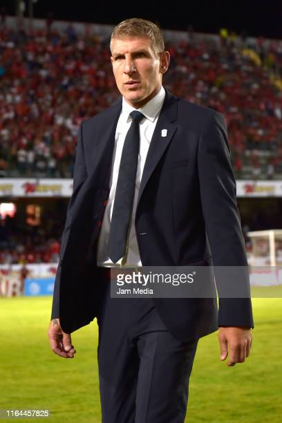 Martin Palermo Head Coach of Pachuca goes to the becnh prior the 2nd round match between Veracruz and Pachuca as part of the Torneo Apertura 2019...