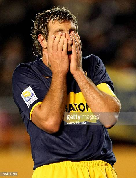 Martin Palermo of Boca Juniors reacts as he misses a goal during the FIFA Club World Cup semi final match between Boca Juniors and Etoile Sportive du...