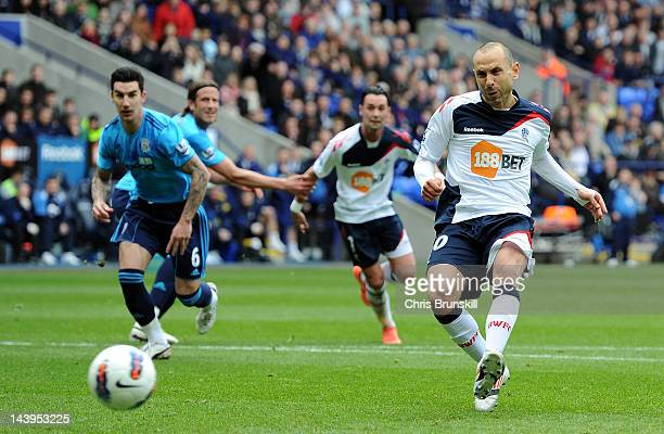 Martin Petrov of Bolton Wanderers scores the opening goal from the penalty spot during the Barclays Premier League match between Bolton Wanderers and...