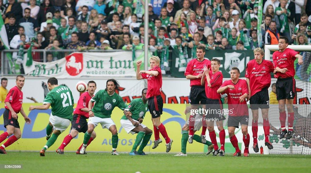 Vfl Wolfsburg v 1 FC Nurnberg : ニュース写真