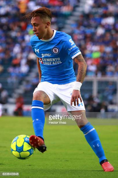 Martin Rodriguez of Cruz Azul drives the ball during the 5th round match between Cruz Azul and Queretaro as part of the Torneo Clausura 2017 Liga MX...