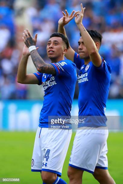 Martin Rodriguez of Cruz Azul greets to the fans during the 16th round match between Cruz Azul and Morelia as part of the Torneo Clausura 2018 Liga...