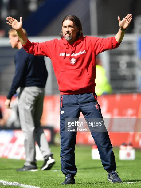 Martin Schmidt head coach of Mainz reacts during the Bundesliga match between Hamburger SV and 1 FSV Mainz 05 at Volksparkstadion on May 7 2017 in...