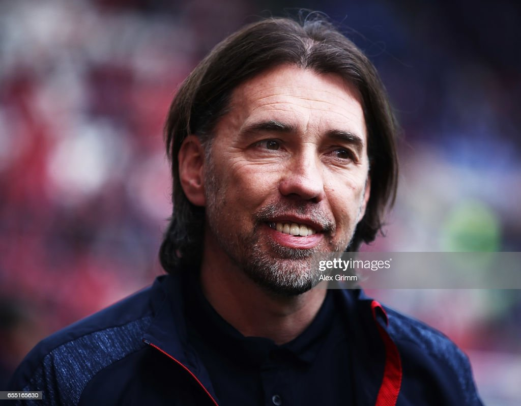 Martin Schmidt head coach of of FSV Mainz 05 before the Bundesliga match between 1. FSV Mainz 05 and FC Schalke 04 at Opel Arena on March 19, 2017 in Mainz, Germany.