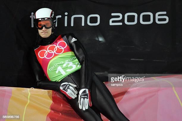 Martin Schmitt GER Skispringen von der grossen Schanze Mannschaftsspringen am 20 2 2006 olympische Winterspiele in Turin 2006 olympic winter games in...