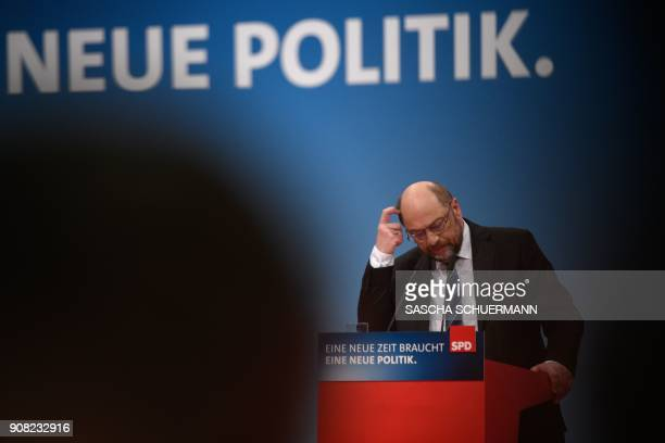 Martin Schulz leader of Germany's social democratic SPD party speaks to delegates during an extraordinary SPD party congress in Bonn western Germany...