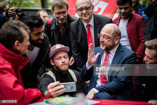Martin Schulz leader of the German Social Democrats speaks with his supporters during his SPD campaign prior state elections in North RhineWestphalia...