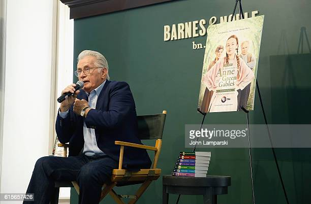 Martin Sheen speaks during the 'Anne Of Green Gables' reading at Barnes Noble Union Square on October 19 2016 in New York City