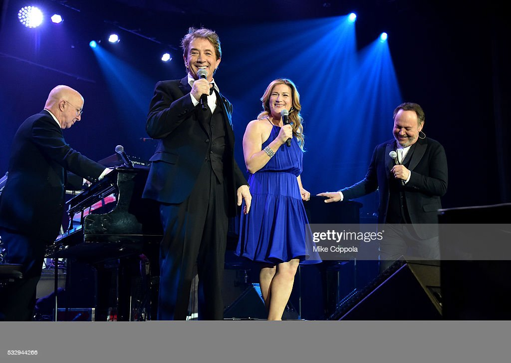 "2016 Toys""R""Us Children's Fund Gala : News Photo"