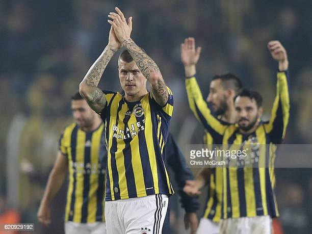 Martin Skrtel of Fenerbahce and the rest of his team applaud supporters during the UEFA Europa League Group A match between Fenerbahce SK and...