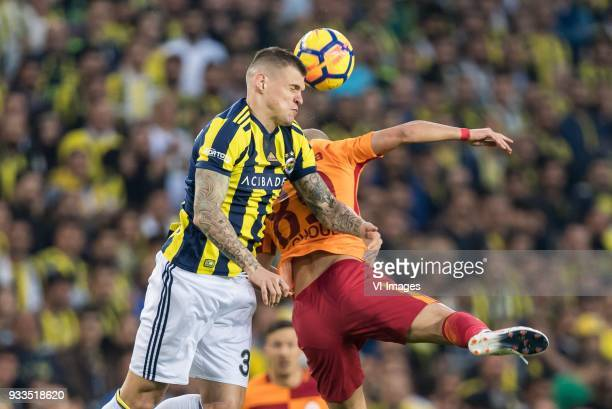Martin Skrtel of Fenerbahce SK Sofiane Feghouli of Galatasaray SK during the Turkish Spor Toto Super Lig match Fenerbahce AS and Galatasaray AS at...