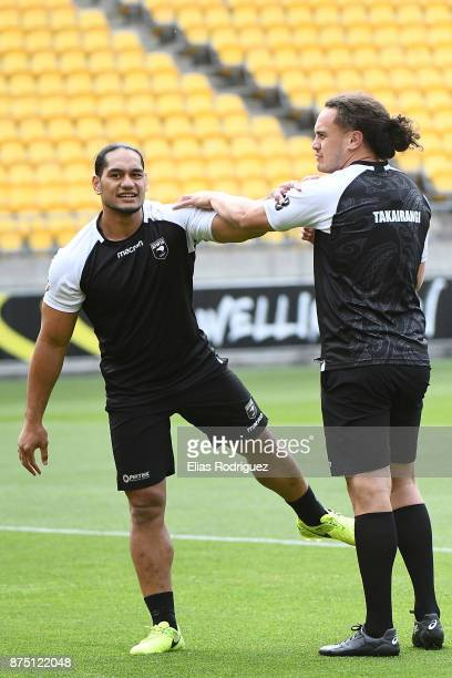 Martin Taupau and Brad Takairangi warm up during the New Zealand Kiwis captain's run on November 17 2017 in Wellington New Zealand