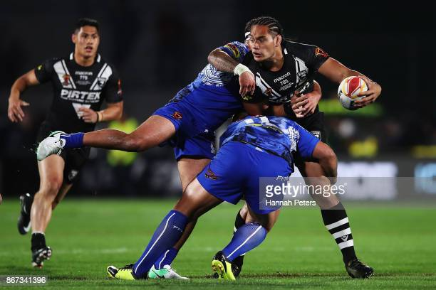 Martin Taupau of the Kiwis charges forward during the 2017 Rugby League World Cup match between the New Zealand Kiwis and Samoa at Mt Smart Stadium...