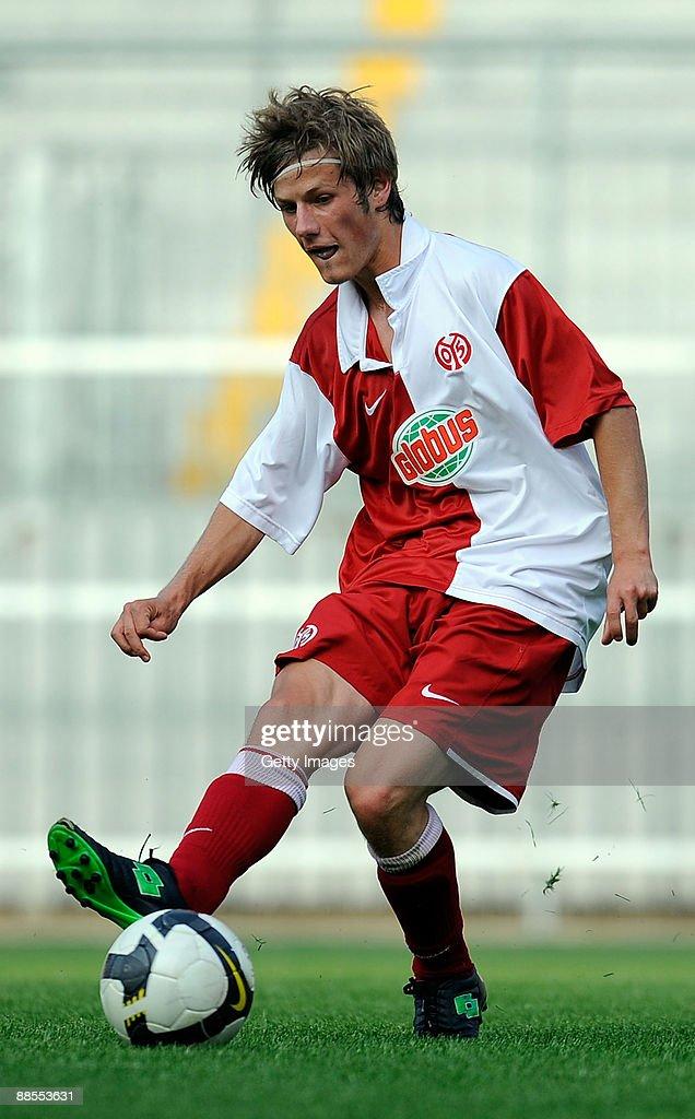 A Juniors - FSV Mainz 05 v Werder Bremen : Photo d'actualité