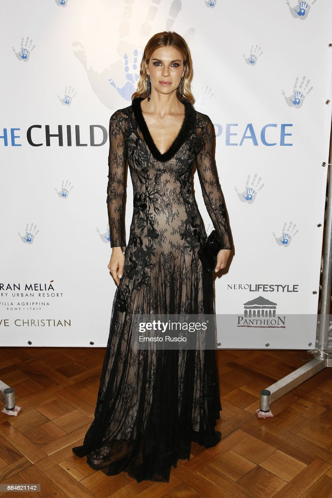 Children For Peace Gala Dinner - Red Carpet Arrivals