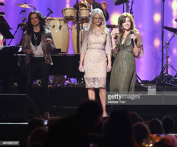 Martina McBride Jennifer Nettles Miranda Lambert and Amy Grant perform onstage during the 2014 MusiCares Person of the Year honoring Carole King held...