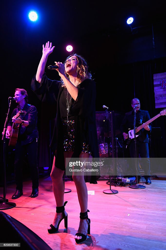 Martina McBride performs at the Rolling Stone Country Live